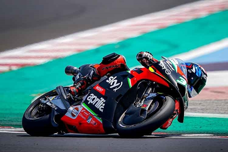 Bradley Smith mit der RS-GP20 in Misano
