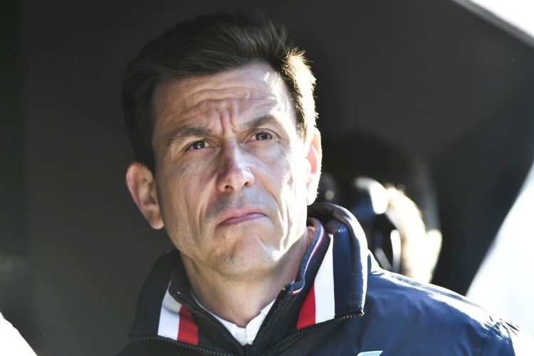 54 Toto Wolff