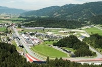Der malerische Red Bull Ring in Spielberg
