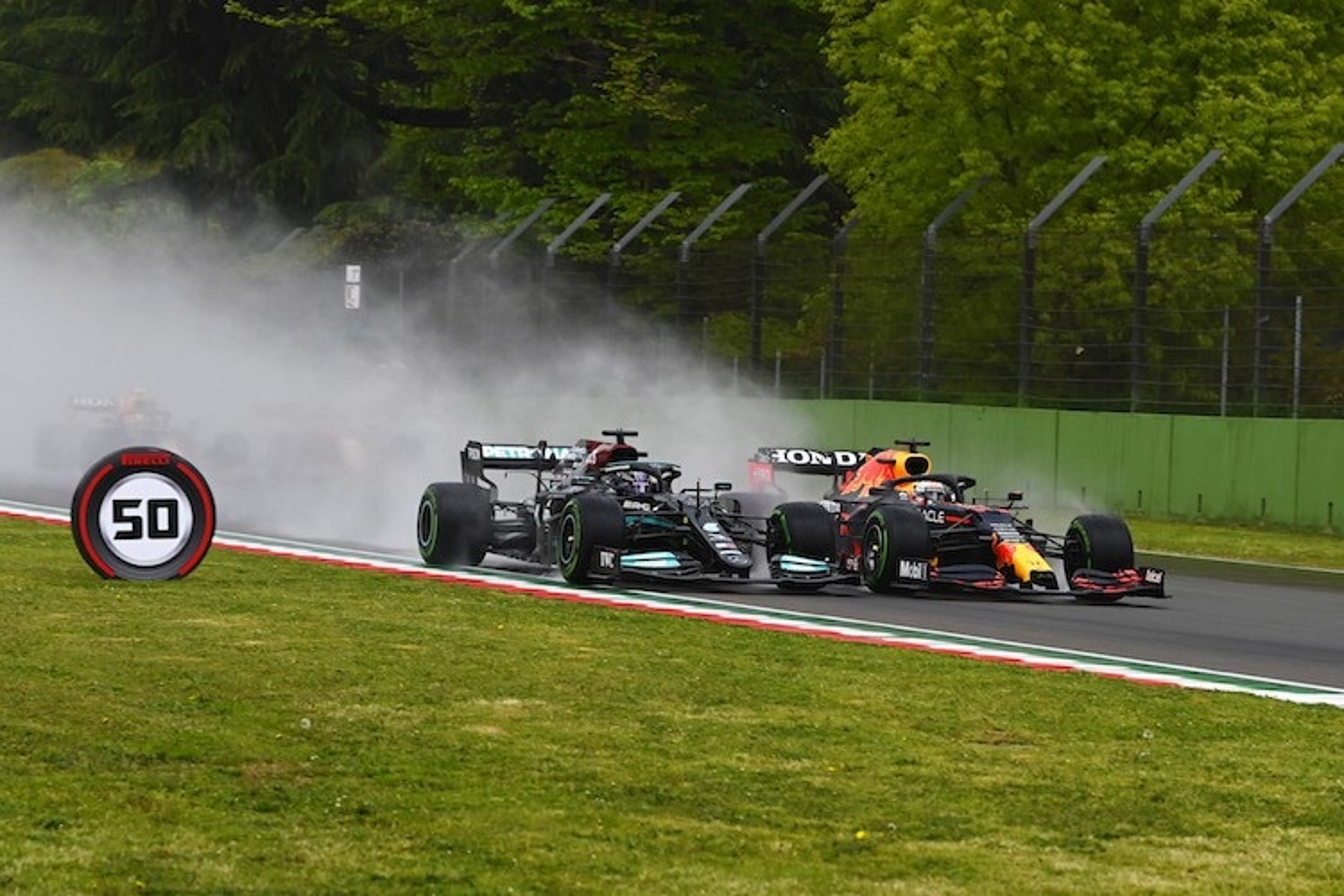 Imola-GP: Fehler von Hamilton, Crash von Bottas!