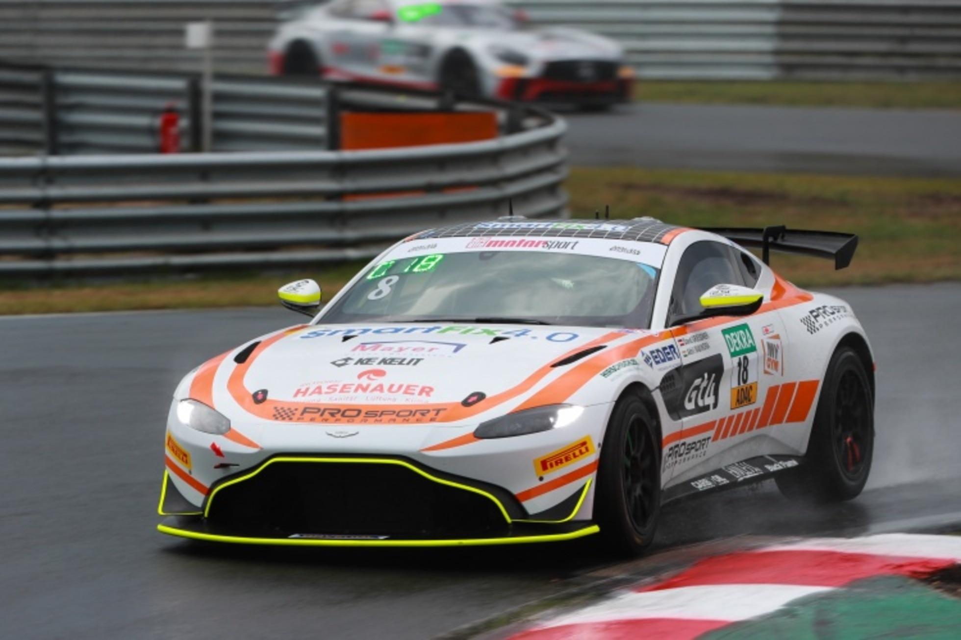 Aston Martin Mit Gasteinsatz In Der Adac Gt4 Germany Adac Gt4 Germany Speedweek Com