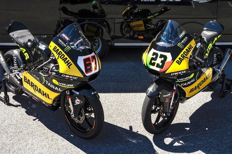 Les vélos KTM de l'équipe VR46: Surra # 67 et Bartolini # 23
