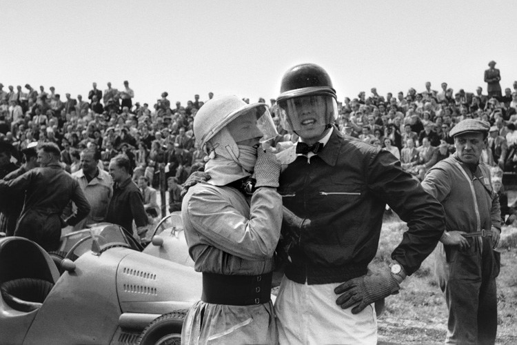 Stirling Moss mit Mike Hawthorn