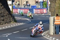 Peter Hickman (Smiths Racing BMW) gewann beim North West 200 das Superstock-Rennen