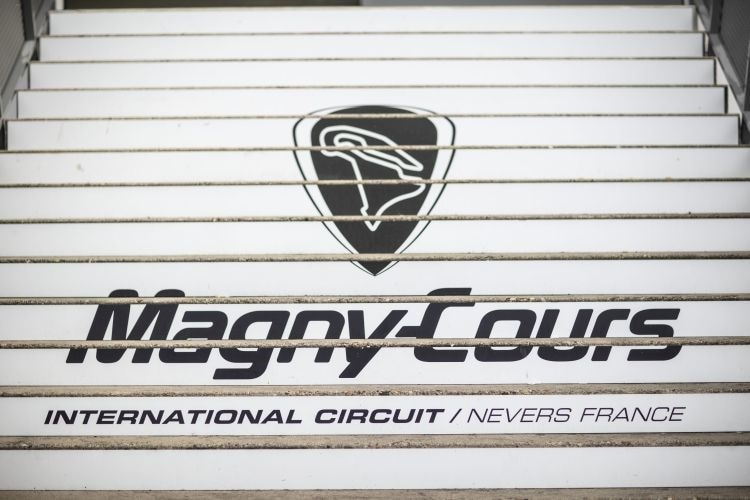 Willkommen in Magny-Cours