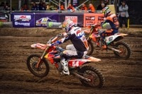 Jeff Herlings (vorne) in Valkenswaard