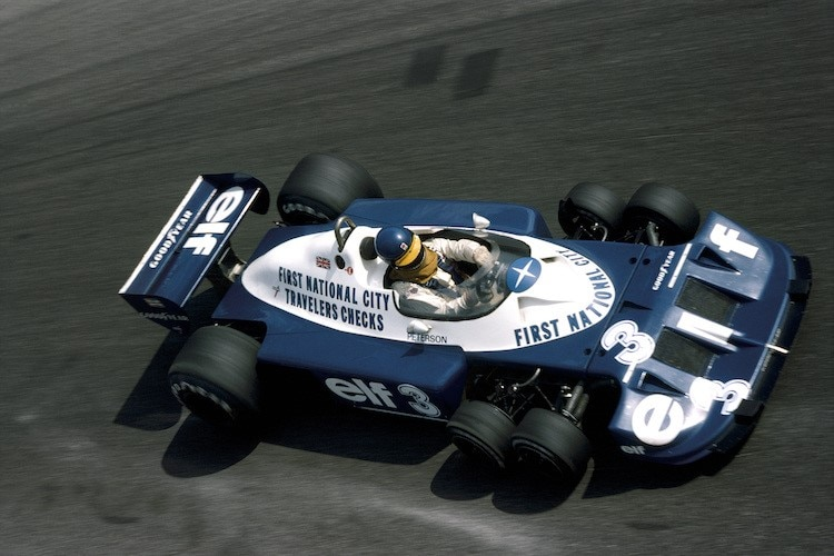 Ronnie Peterson in Monza 1977 mit dem Tyrrell P34