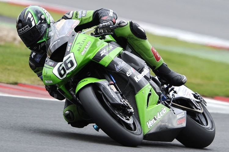 Tom Sykes holt sich in Brands Hatch zwei Siege
