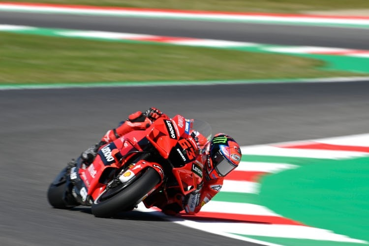 Pecco Bagnaia débute le GP à domicile avec le meilleur moment de la journée