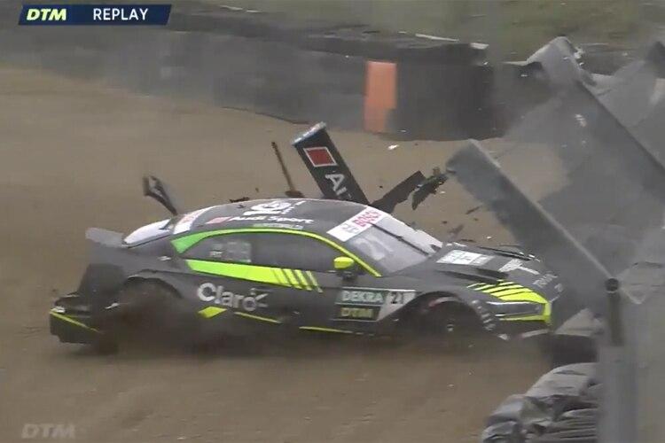 Crash und Technik: Zwei Autos nicht am Start/DTM SPEEDWEEK