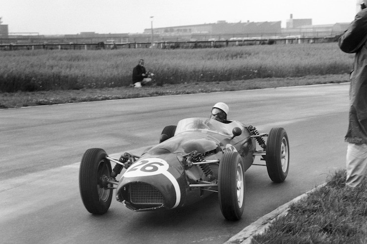Stirling Moss 1961 im Ferguson P99