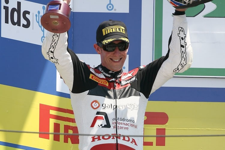 Hier feiert Craig Jones Platz 2 in Misano